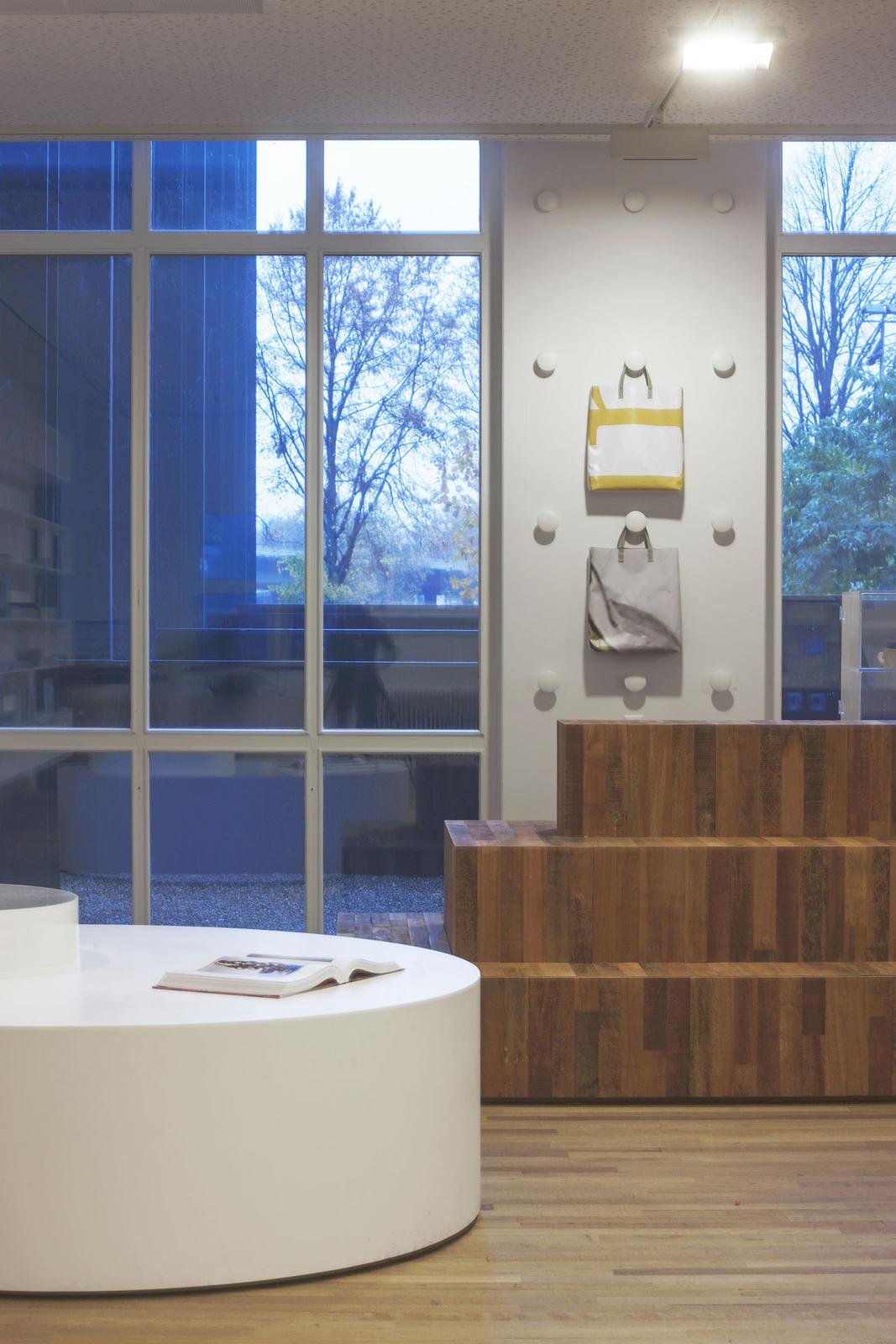 Yearbook Dutch Design 06/07