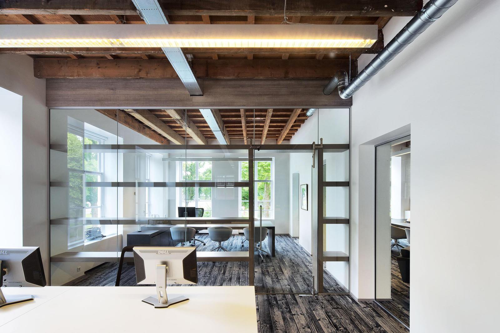 Interieur Inrichting Galerie : Maurice mentjens innenarchitektur born05