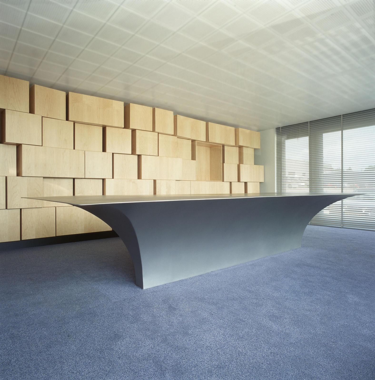 maurice mentjens / innenarchitektur / dirks office